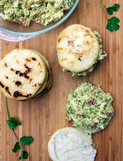 arepa-for-chicken-salad-web